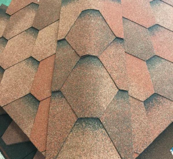 Алтернативна визия за вашите билни елементи с хексагонални битумни керемиди