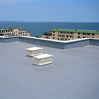 Покрив с полимерни хидроизолационни мембрани 92