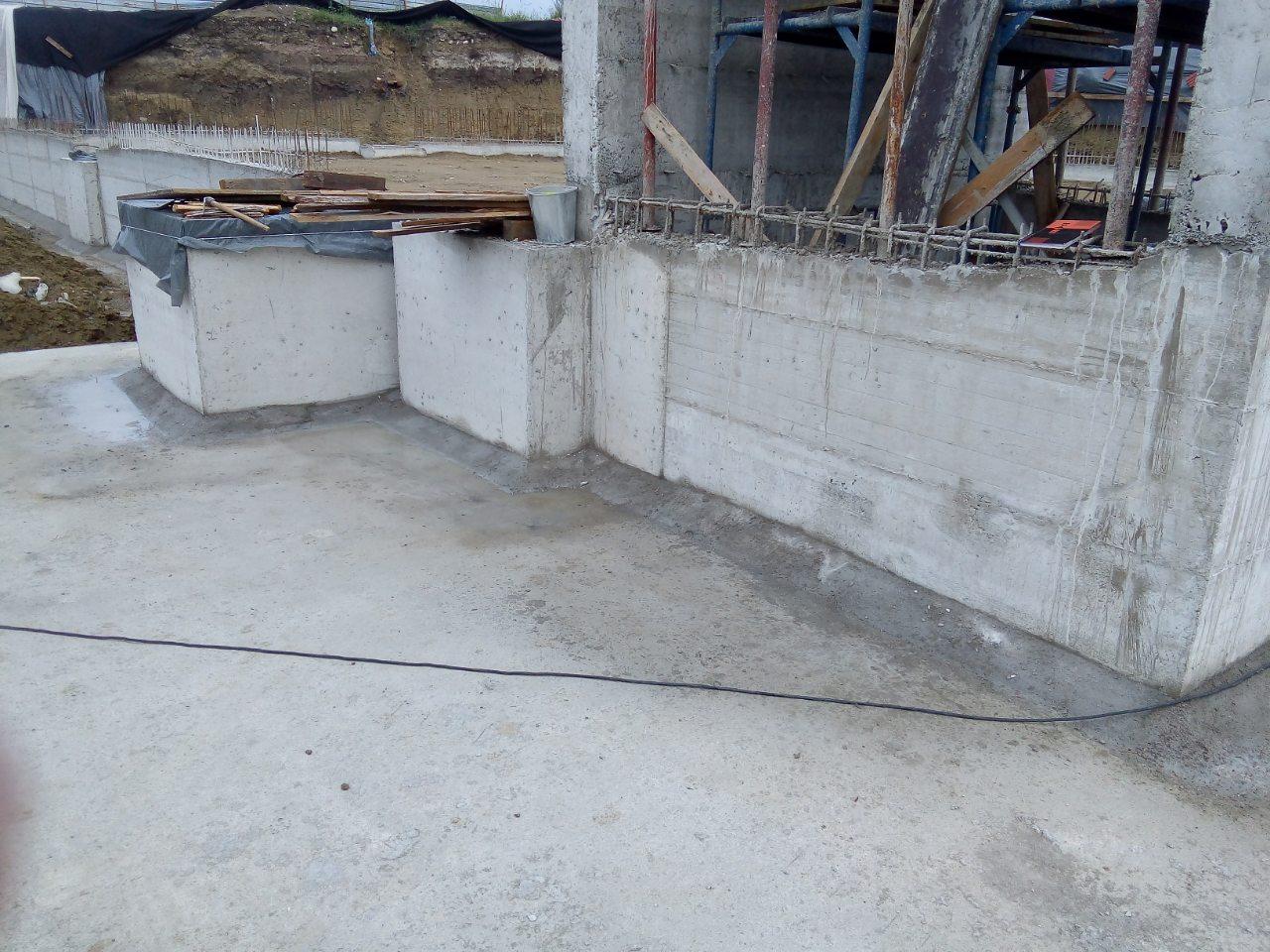 Роси ЕООД лидер на пазара за материали и машини за мебелната индустрия строи следващия свой търговски център в Кърджали отново с материалите на IKO