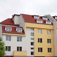 Покрив с битумни керемиди 383