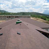Покрив с битумни керемиди 52
